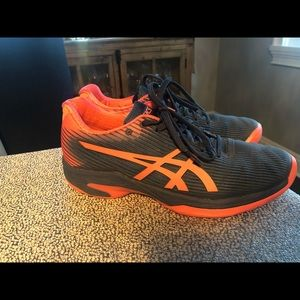ASICS Sneakers Size 7 - Practically Brand New